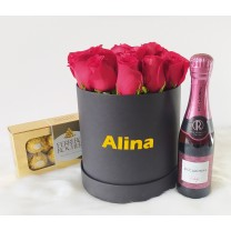 Box Rosas Rojas con Vino y Chocolate