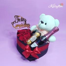 Box de Corazón con Rosas de Regalo y más!