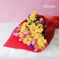 Ramo de Tulipanes Rosados con Astromelias Amarillas